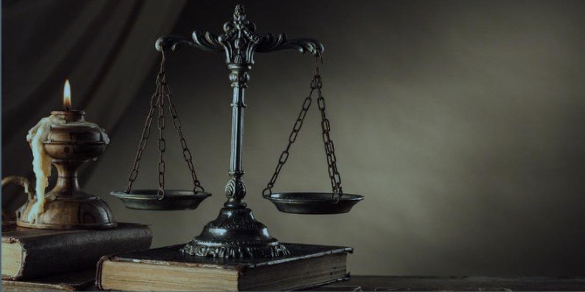 5 Dasar Hukum Asuransi di Indonesia, Wajib Kamu Ketahui Lho!