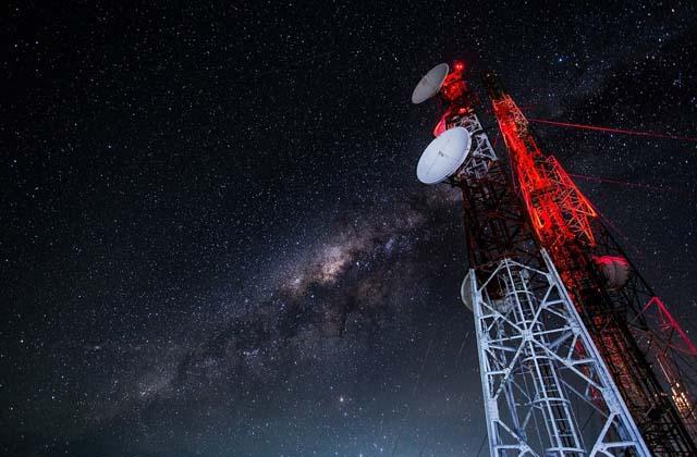 Perhatikan Harga Saham Telkom & Operator Telekomunikasi Lain