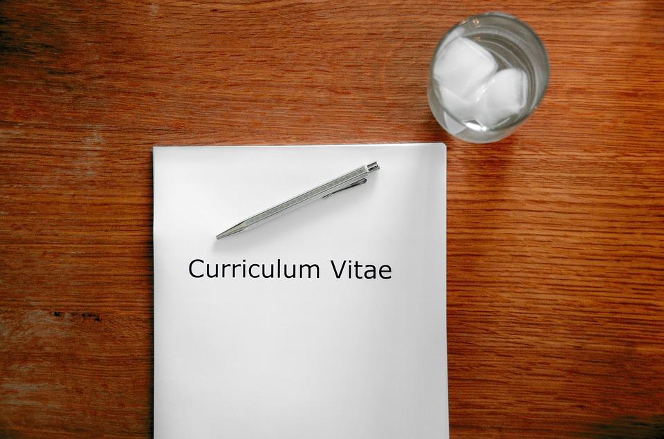 Deretan Aplikasi Membuat CV Menarik dan Kreatif