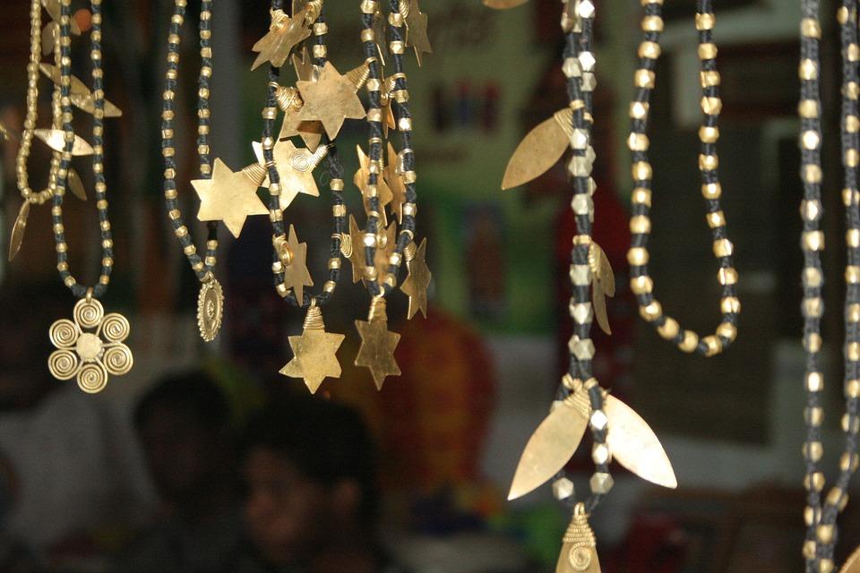 Model Gelang Emas Rantai Terbaik Untuk Tampil Modis