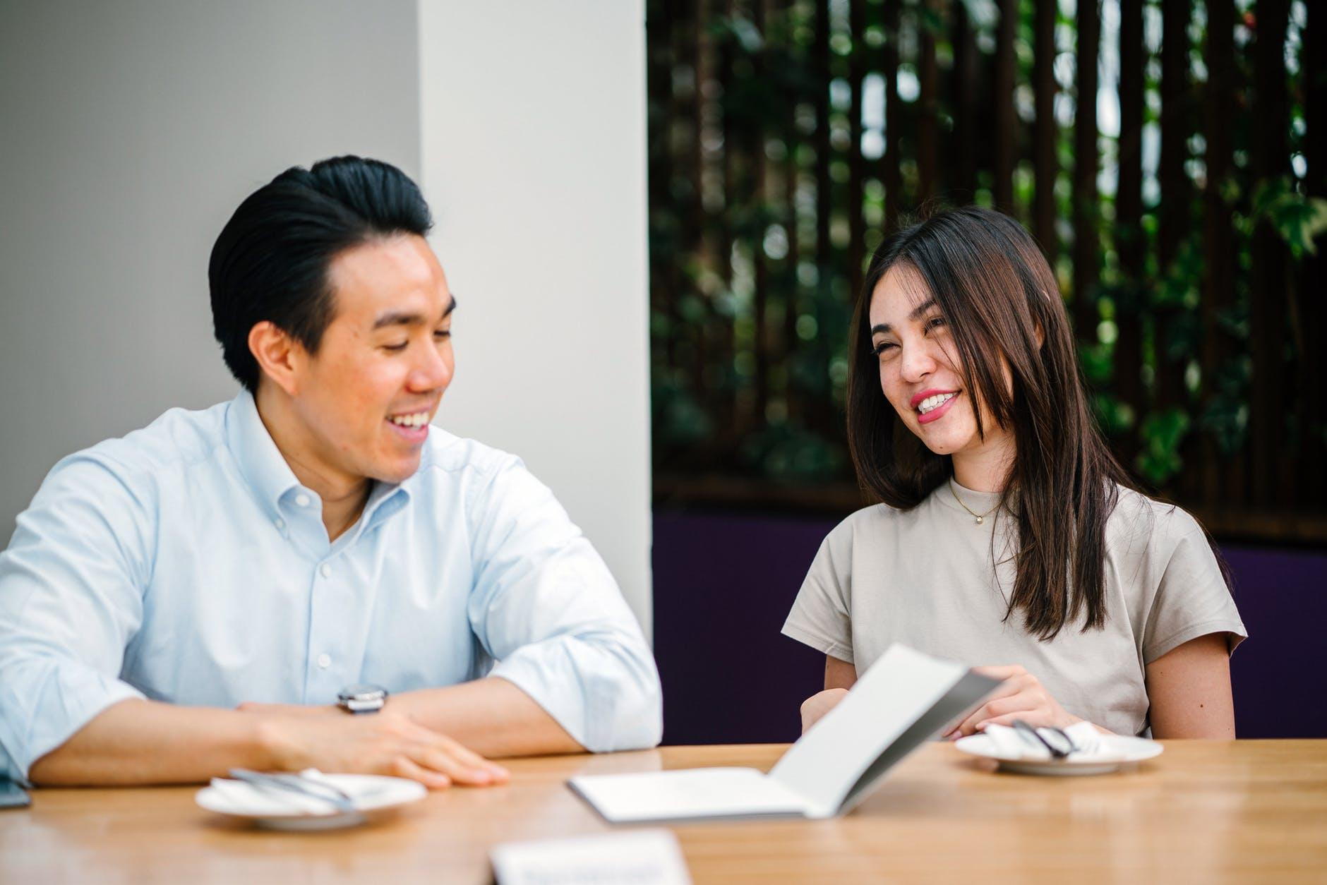 Tips Broker Profesional Hadapi Tantangan di Era Millenial