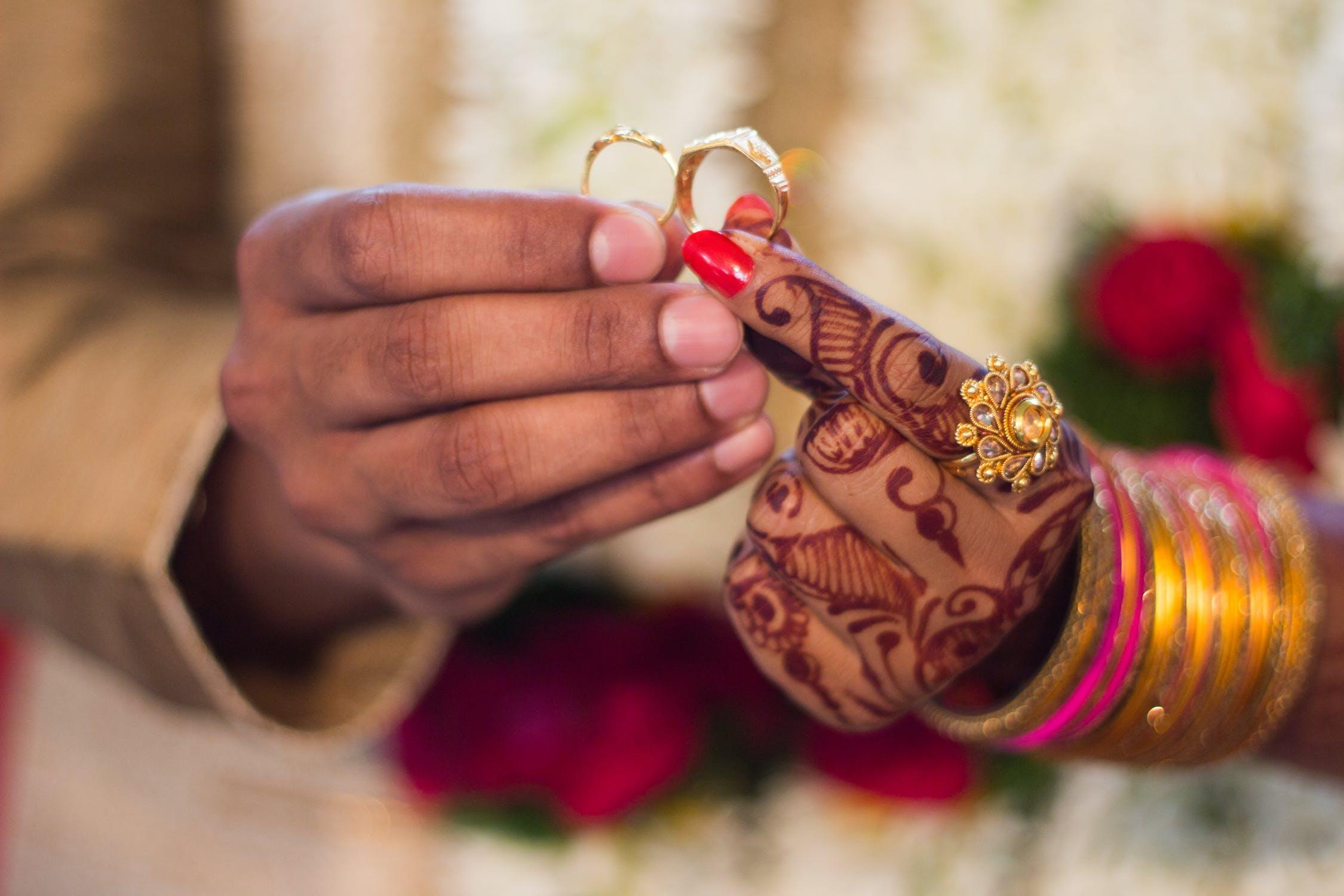 Tips Membeli Cincin Kawin Emas untuk Pernikahan