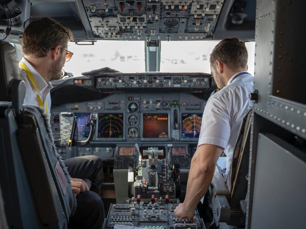 Harga Sekolah Penerbangan Swasta Sampai Miliaran?