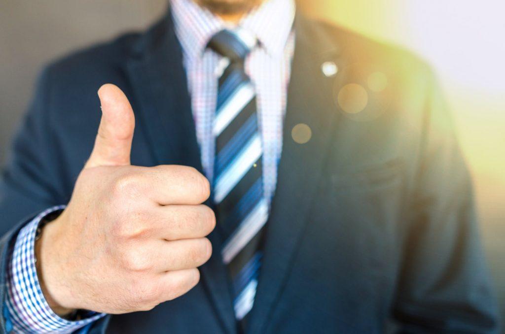 5 Investor Sukses yang Mengikuti Jejak Warren Buffett