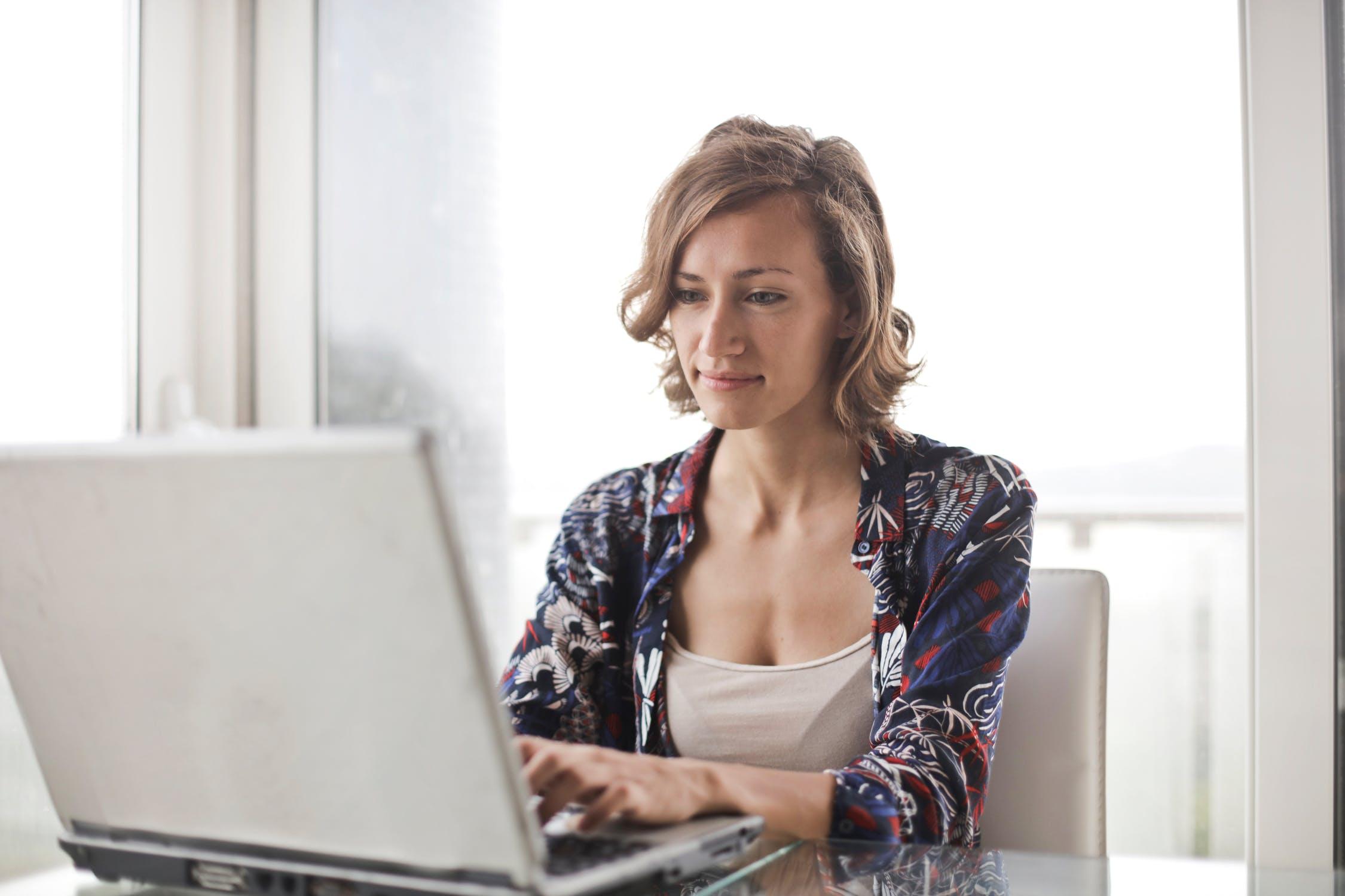 3 Cara Belajar Saham Bagi Pemula yang Baru Mulai Berinvestasi