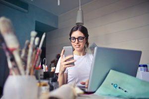 Sedang Menjalankan Bisnis Online? Cek Dulu Hukum Jual Beli Online di sini!