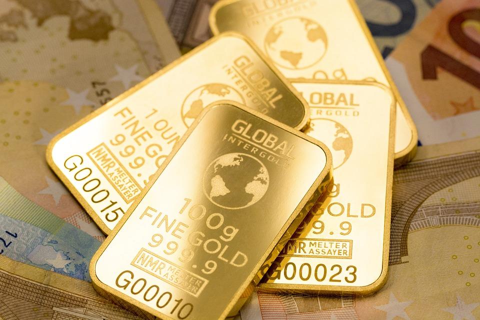 Prediksi Harga Emas Hari Ini, Amankah Untuk Investasi?