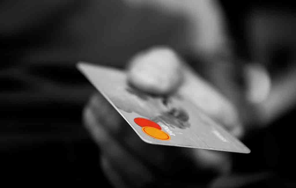 Kartu Kredit, Sahabat atau Musuh Dalam Selimut?