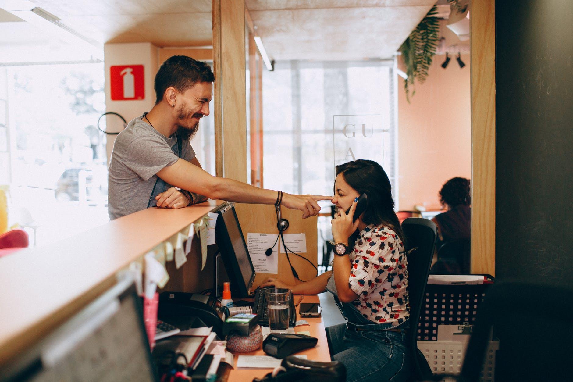 Tips Menolak Tawaran Telemarketing Secara Halus