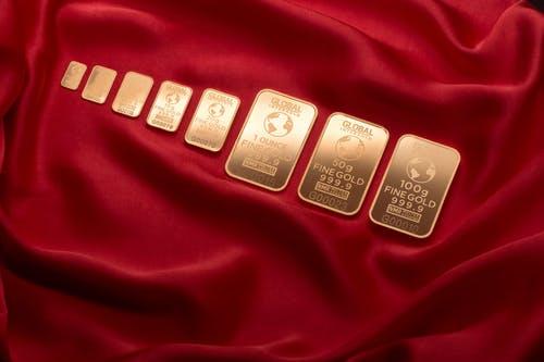 Harga Emas Terus Merangkak, Saatnya Investasi Emas!