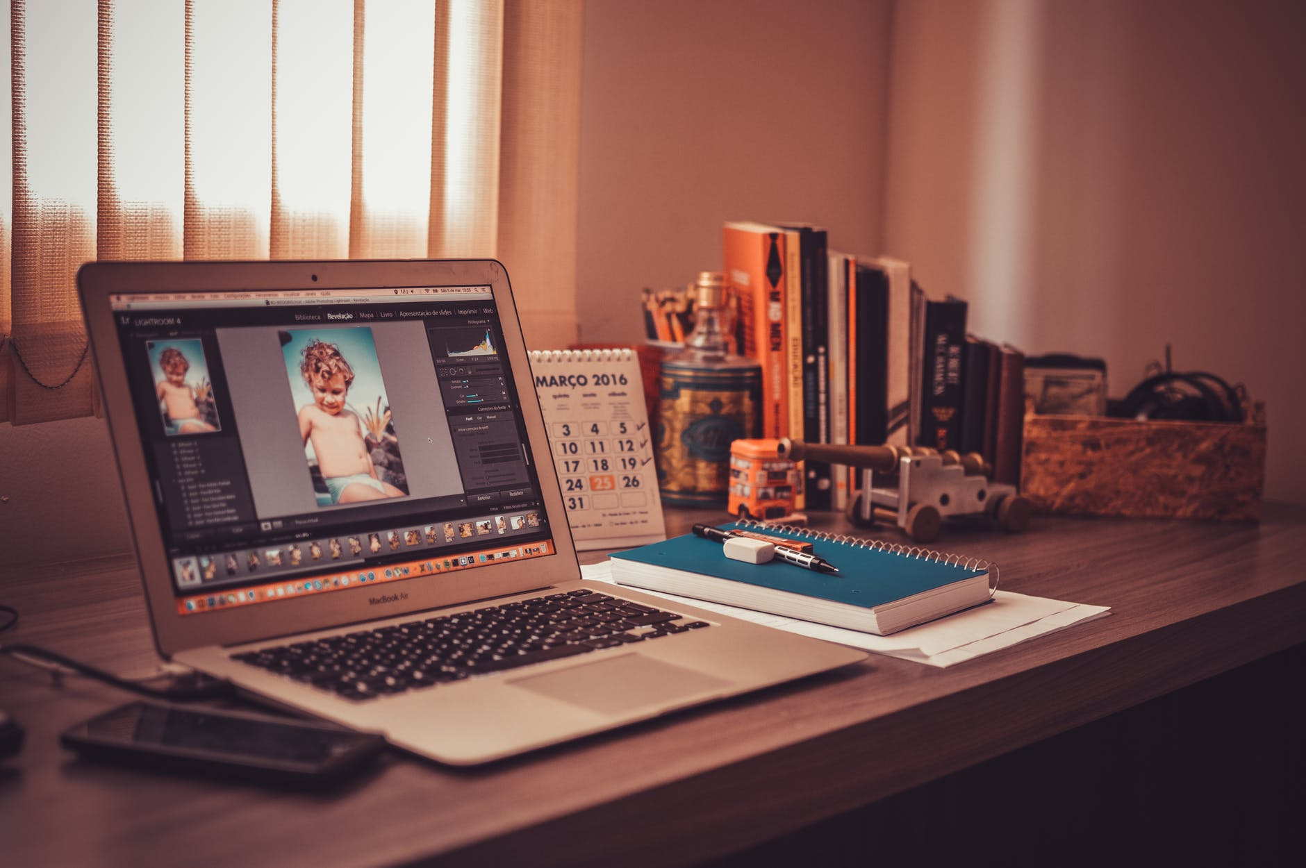 4 Persiapan Bisnis Edit Foto Keren buat Kamu yang Jago Edit