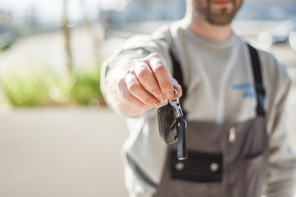Promo Daihatsu Sigra, Gratis Service, Oli Hingga Spare Part