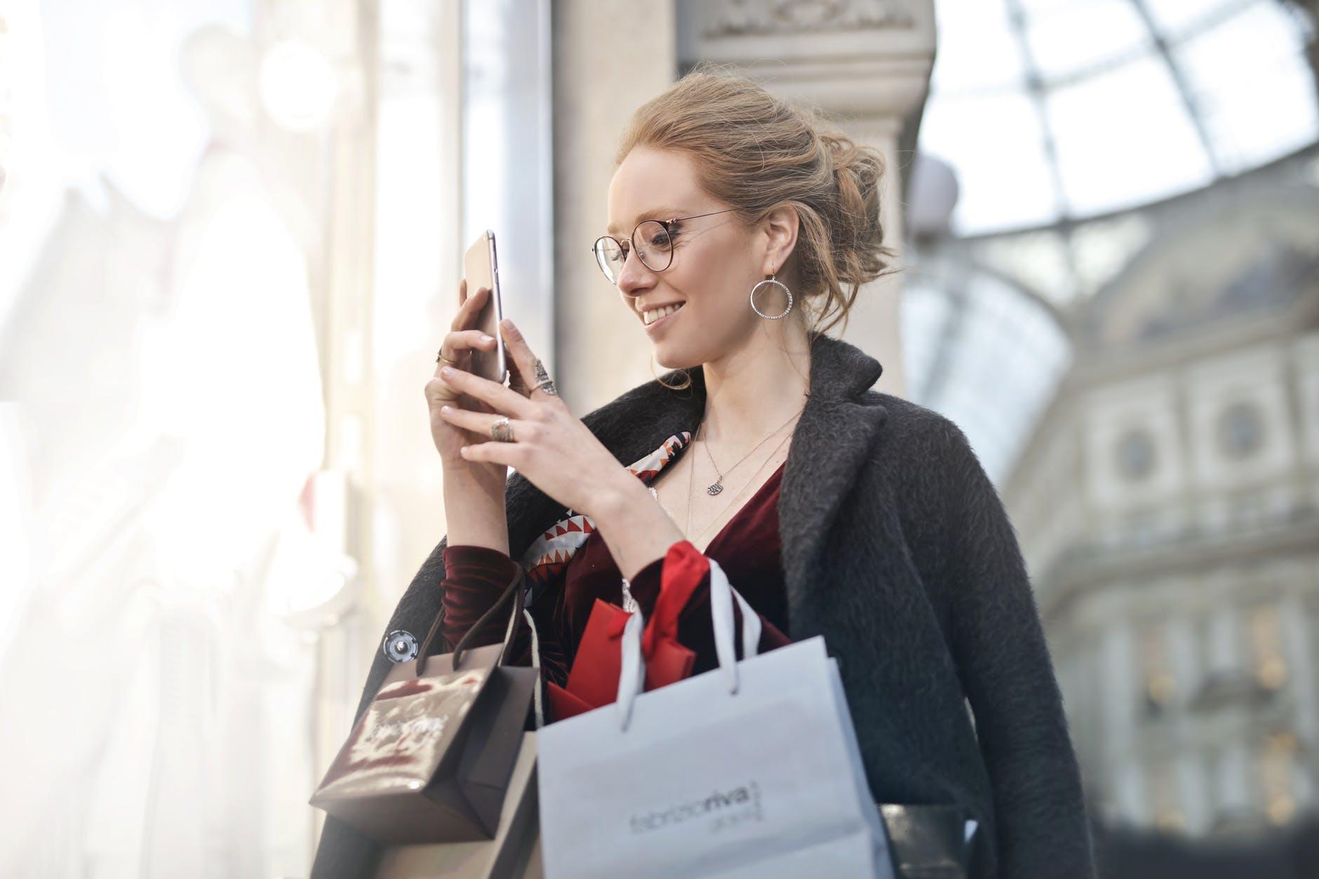 Situs Jual Beli Online Populer Untuk Kamu yang Hobi Belanja