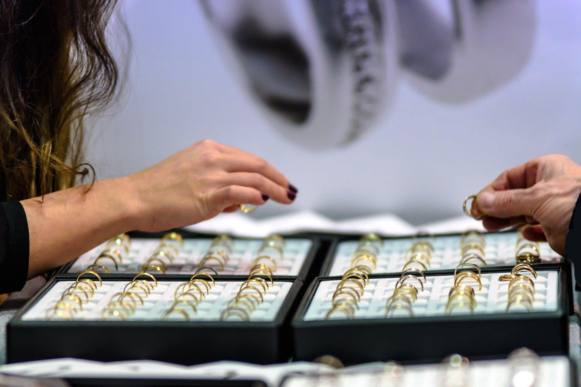 Cari Emas Untuk Investasi? Ini Toko Emas Jakarta Terlengkap