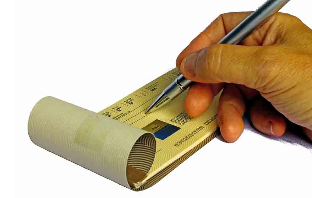 Cek Adalah Alat Tukar Uang, Ini Kegunaan dan Pengertiannya