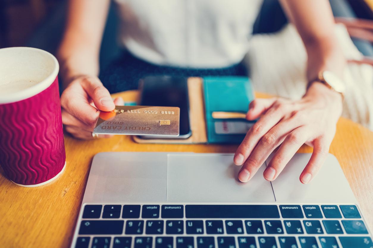 Tips Aman dan Mudah Apply Kartu Kredit Online