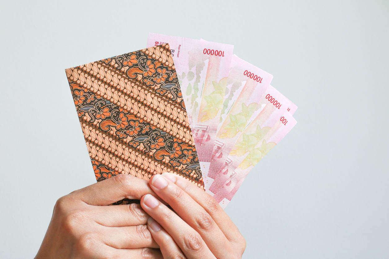 5 Cara Pintar untuk Mendistribusikan Uang THR