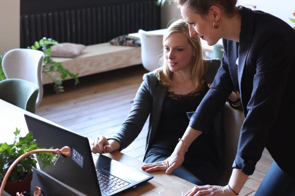 Entrepreneur Menciptakan Peluang Usaha, Bukan hanya Memanfaatkan