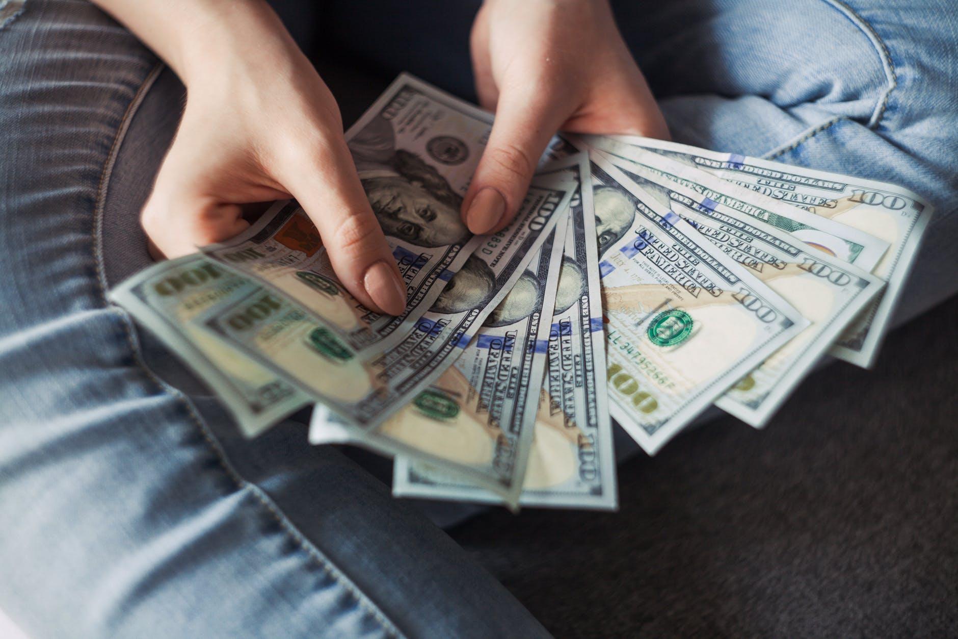 Cara Mendapat Uang dari Internet dengan Mudah & Cepat