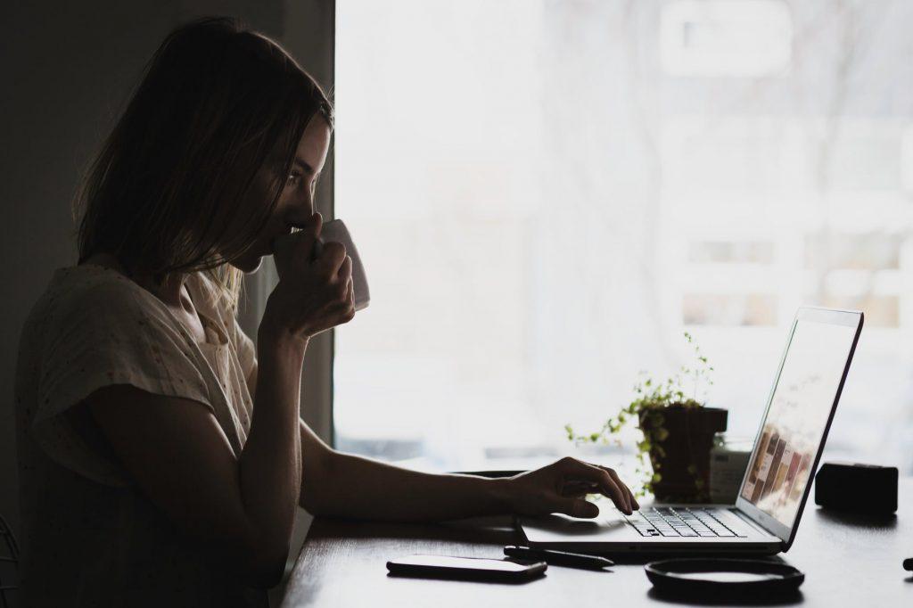 4 Pinjaman Kilat Online yang Aman & Mudah
