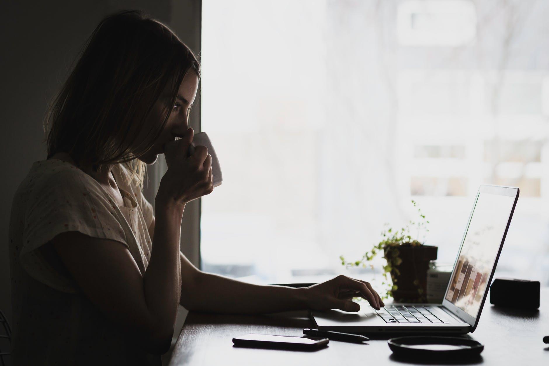 8 Pinjaman Kilat Online yang Aman & Mudah