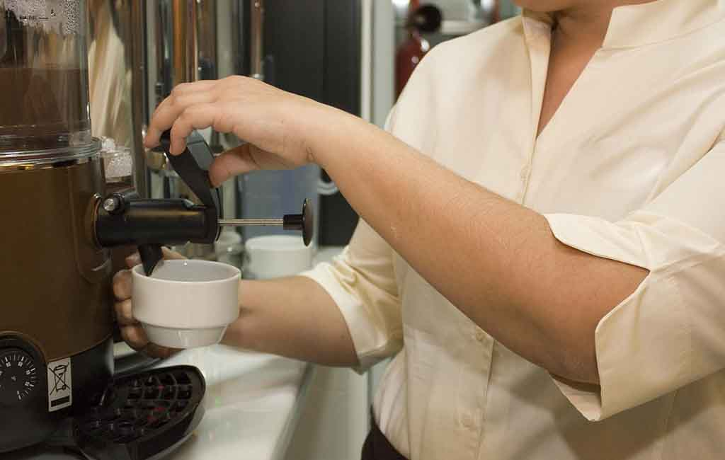 Tips Memilih Usaha Franchise Minuman Beruntung Besar