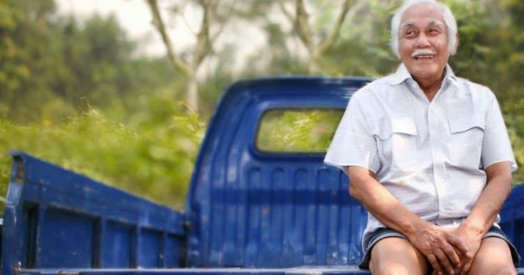 7 Prinsip Bob Sadino yang Menjadikannya Kaya Raya