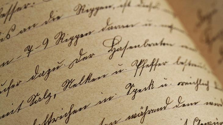 Grafologi: Pengaruh dan Arti Tulisan pada Kehidupan