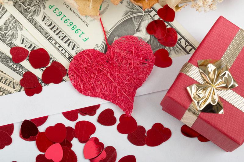 5 Tips Menghemat Uang di Hari Valentine