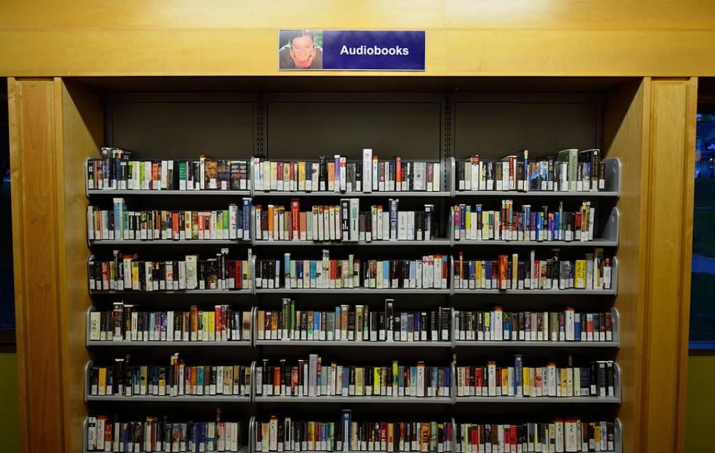 7 Koleksi Audiobook Terbaik, Kamu Harus Dengarkan