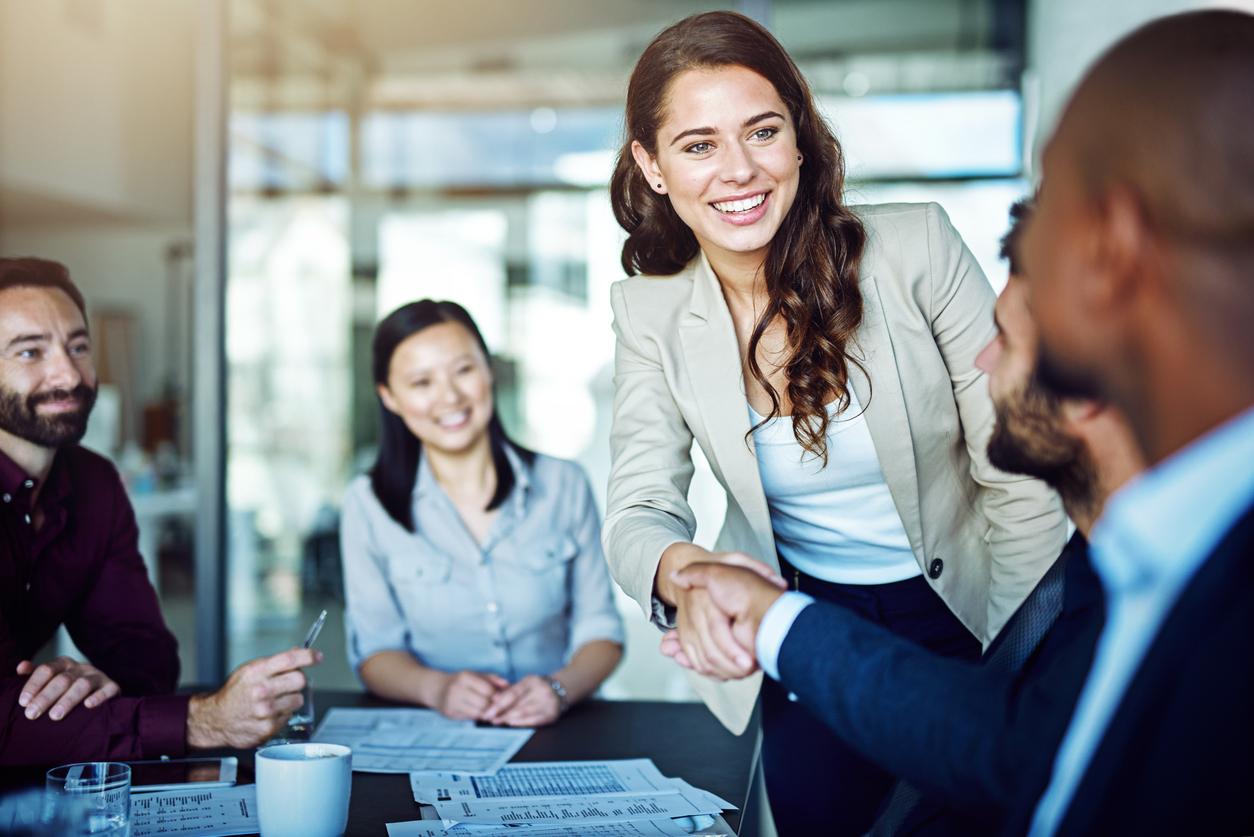 10 Kunci Keberhasilan Sales Representatif yang Bisa Ditiru