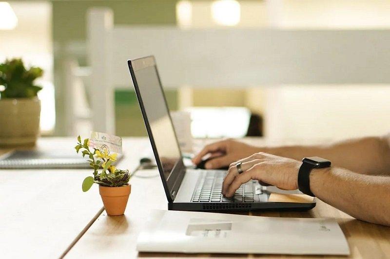 6 Solusi Agar Kerja Tanpa Ngantor Bisa Tetap Produktif