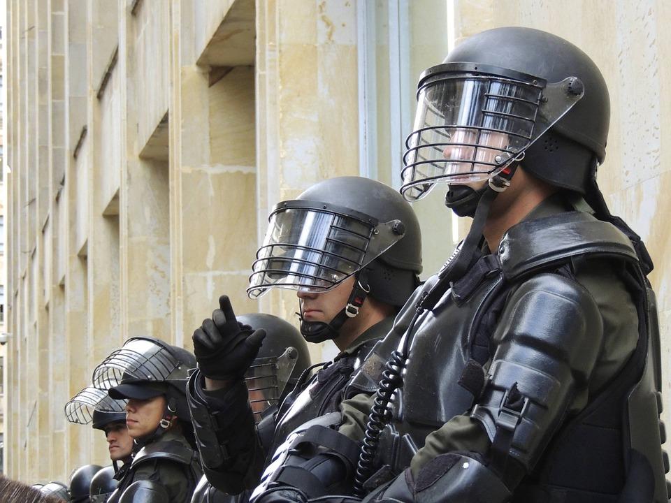 Update Pangkat Polisi dan Gajinya, Cukup Menjanjikan?