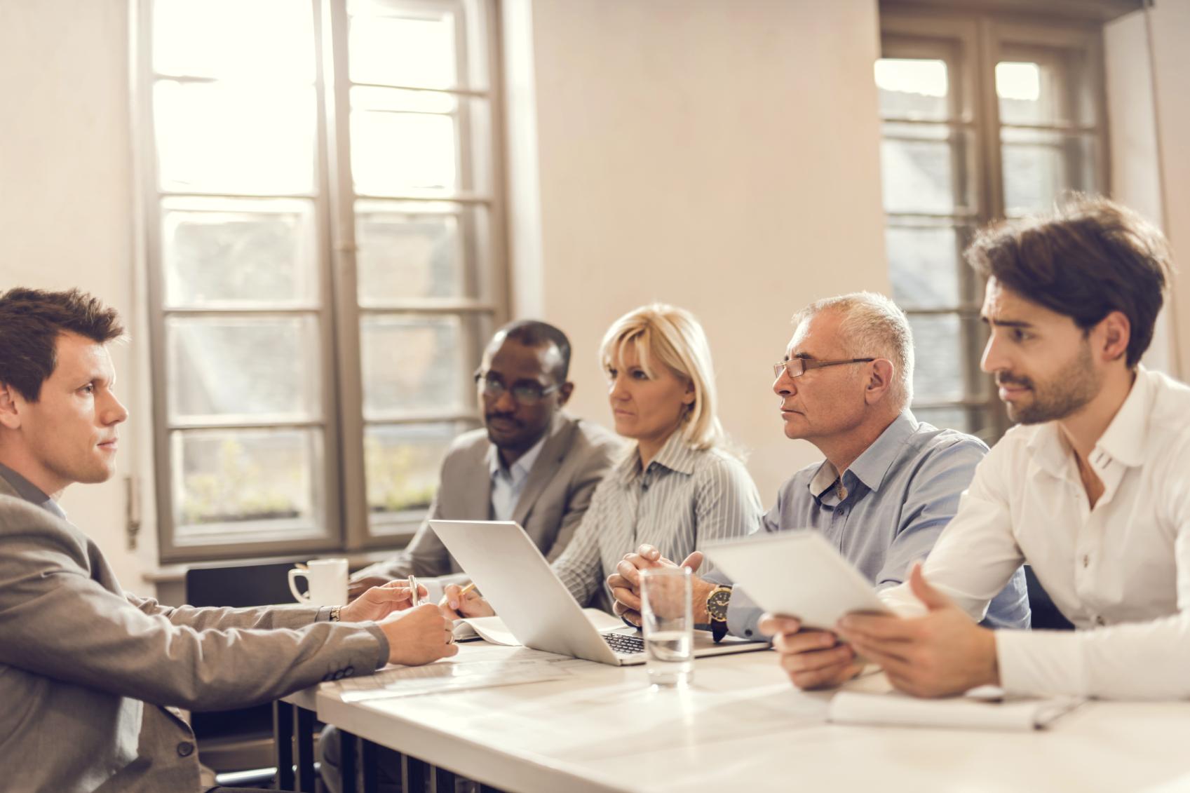 3 Cara Menghindari Galau Setelah Masa Wawancara Kerja