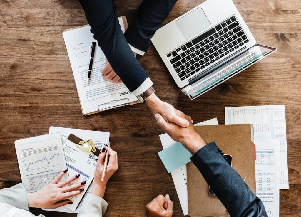 Penjamin Emisi Efek, Bertugas Menyukseskan IPO Emiten