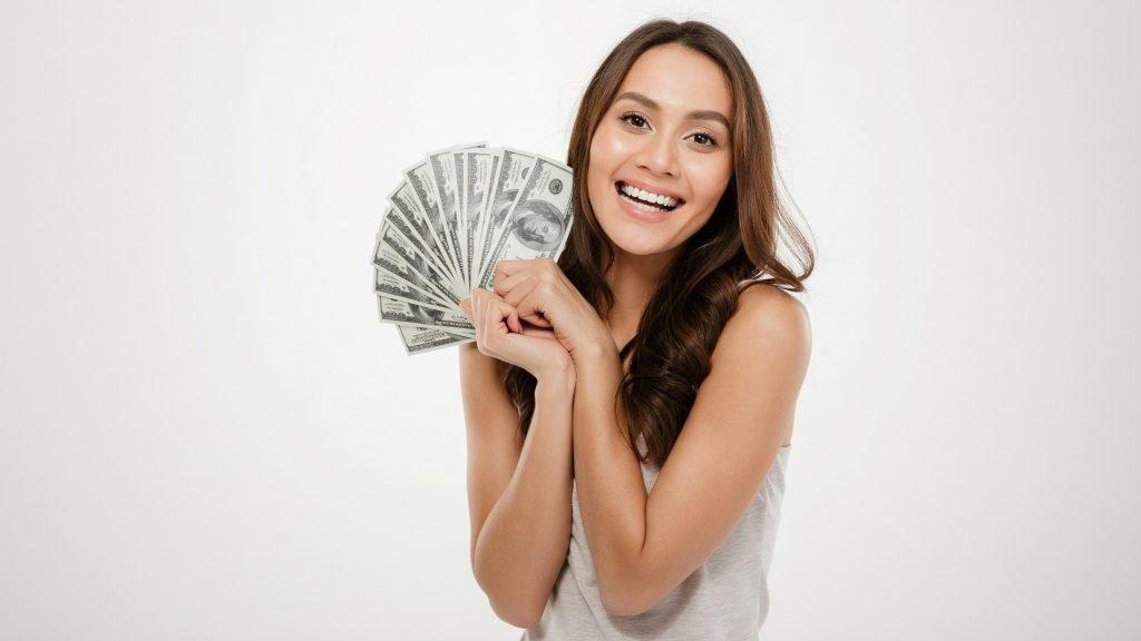 7 Cara Menjadi Orang Kaya Dengan Gaji Kecil
