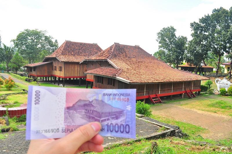 gambar uang rumah limas