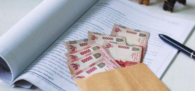 mengelola uang belanja