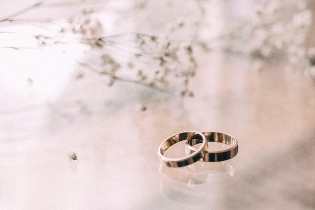 Apakah Perhiasan Jenis Emas Putih Cocok untuk Investasi?