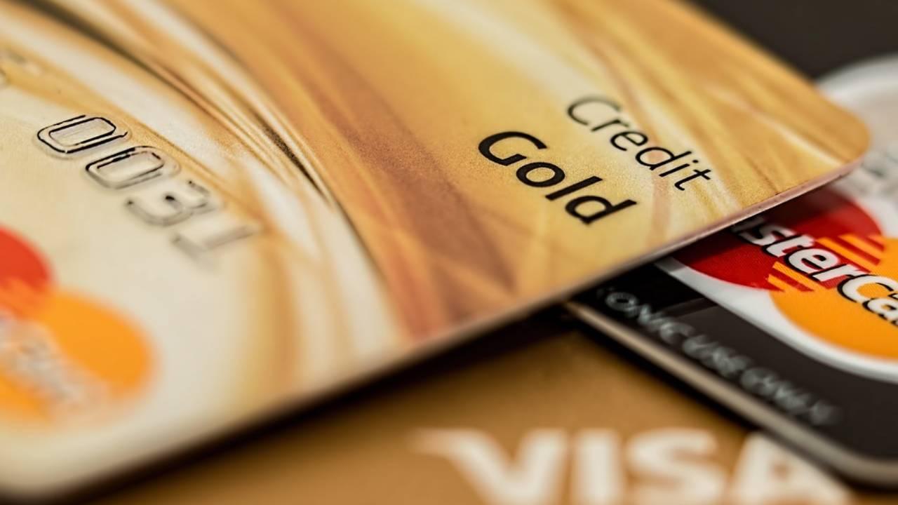 Menaikkan Limit Kartu Kredit