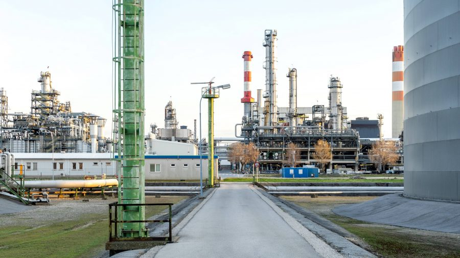 Ilustrasi komoditas minyak mentah.