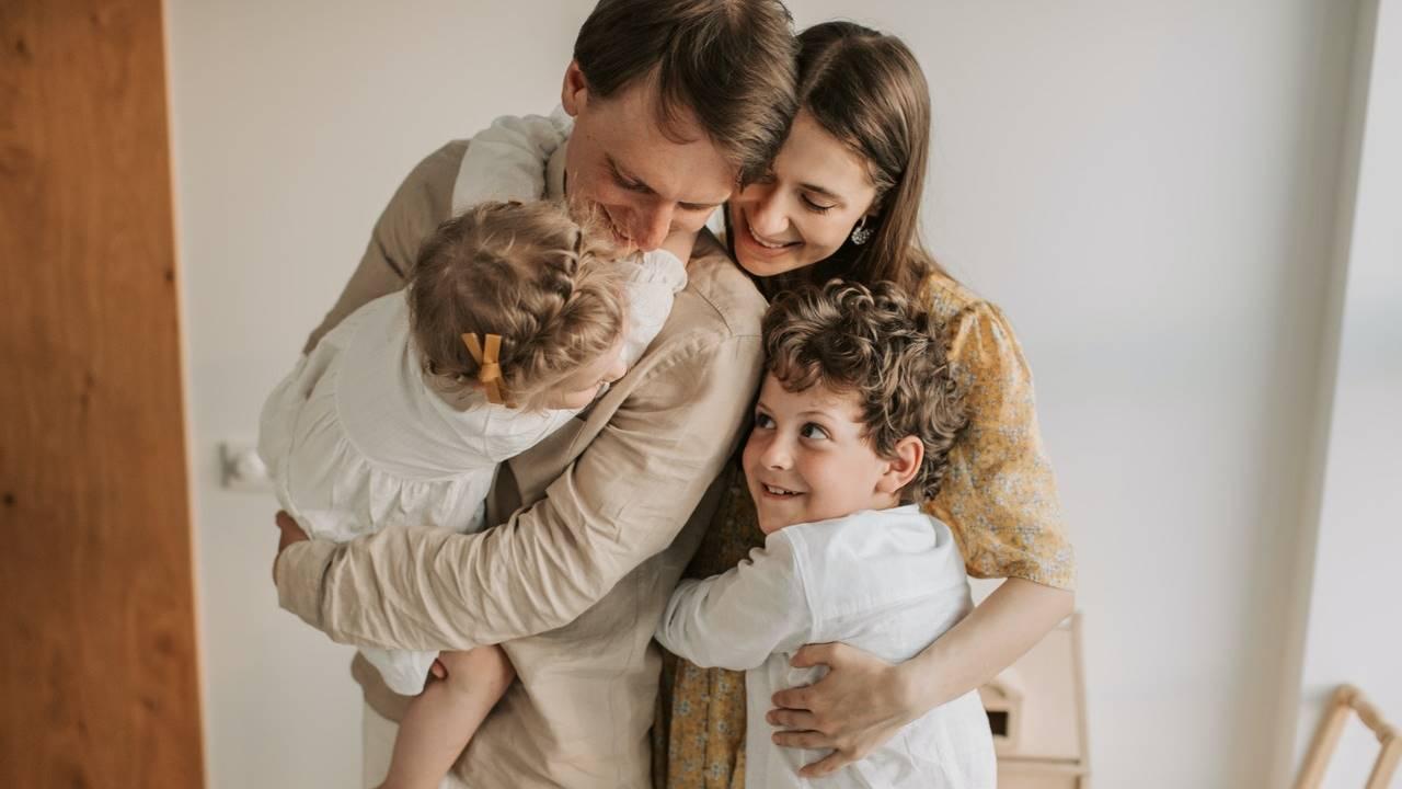 Keluarga bahagia.