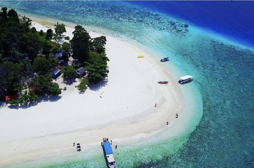 Salah satu pulau Sulawesi, Pulau Lihaga