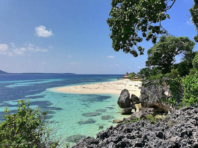 Pulau Liukang Loe