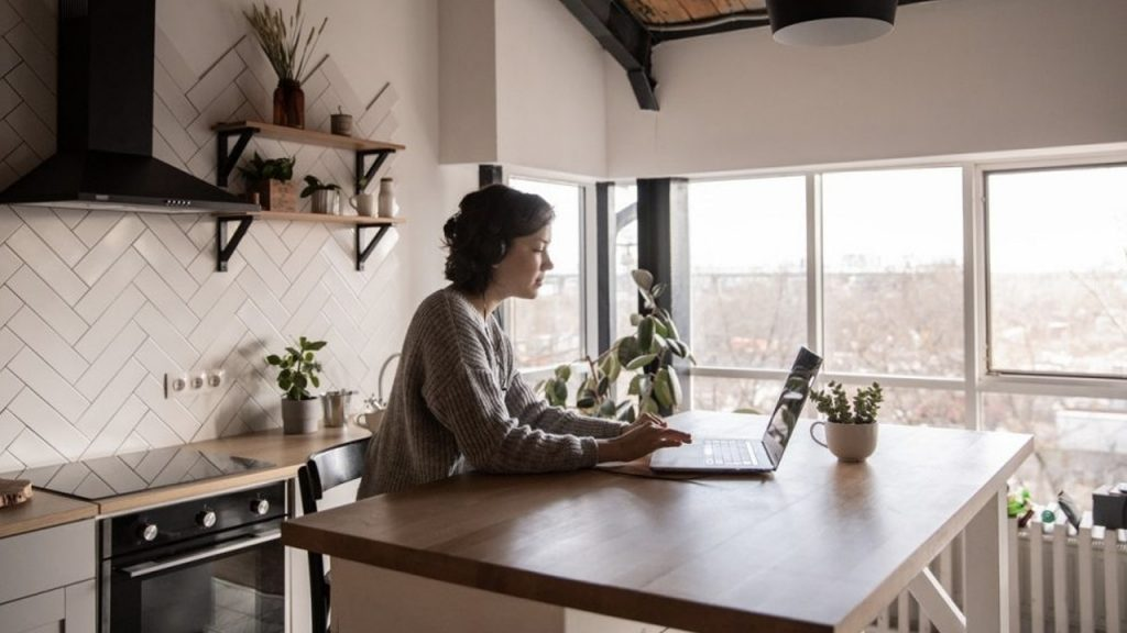 10 Cara Cepat Sukses dalam Memulai Bisnis dari Rumah