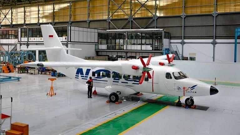 Salah satu pesawat Indonesia buatan anak negeri.