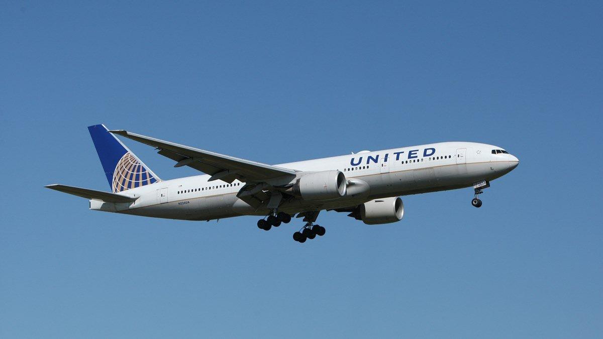 Maskapai penerbangan, salah satu jenis industri yang terpuruk selama pandemi.