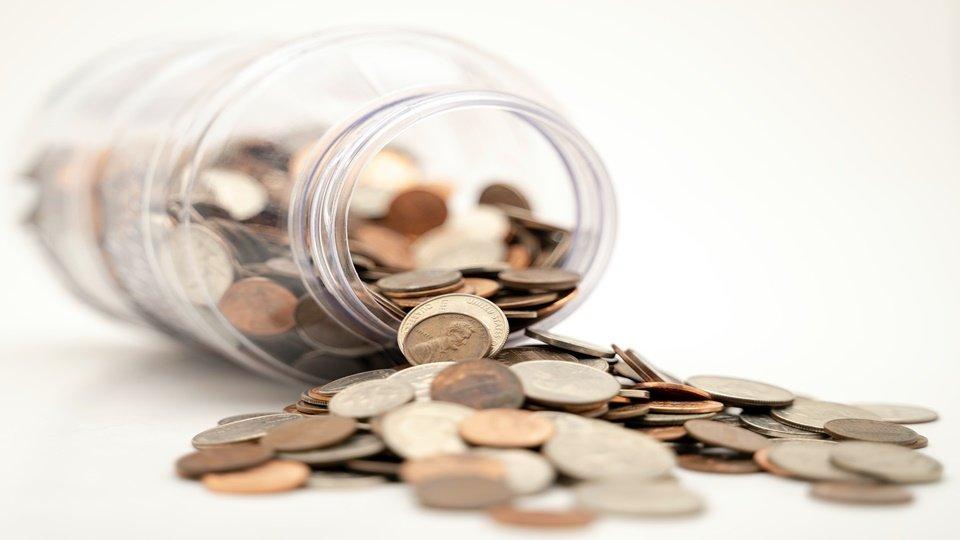 Ilustrasi uang untuk biaya khitanan.