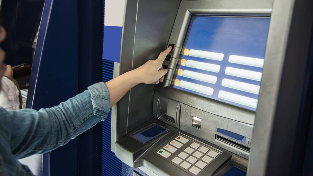 Menilik Biaya Administrasi Beberapa Bank BUMN